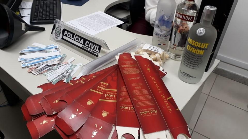 Fábrica de bebidas falsificadas é descoberta na Serra